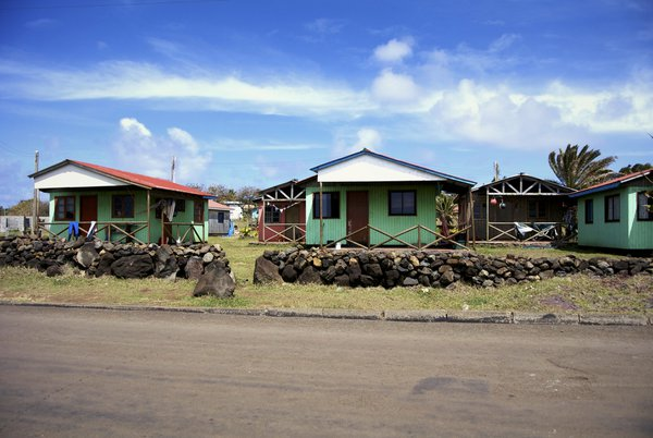 Rapa Nui surfer community thumbnail