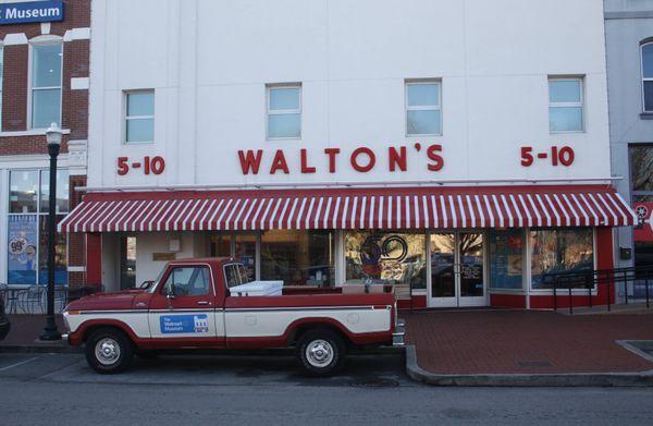 Walton's thumbnail