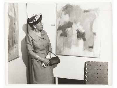 Alma Thomas, ca. 1958 / unidentified photographer. Alma Thomas papers, 1894-2000, bulk 1936-1982. Archives of American Art, Smithsonian Institution.