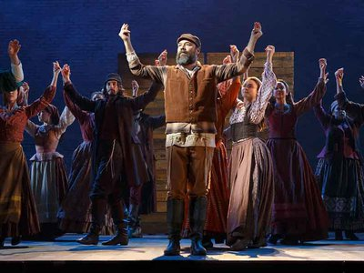 The new Broadway hit revival of Fiddler on the Roof deliberately breaks with tradition in its opening and closing scenes.