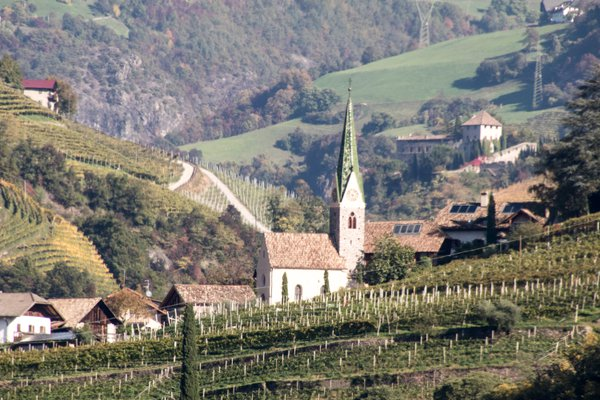 Northern Italy Countryside thumbnail