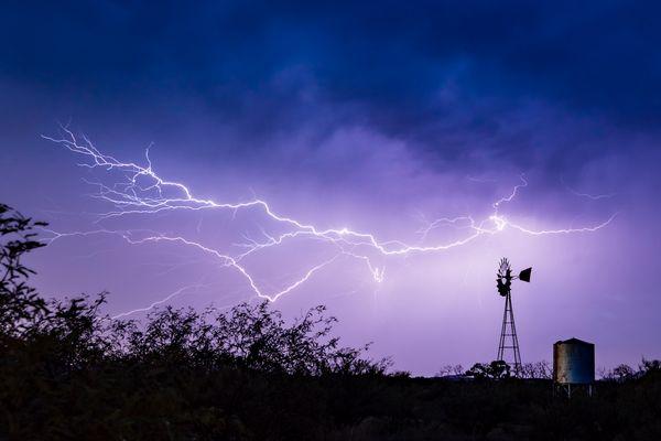 Ranch Lightning thumbnail