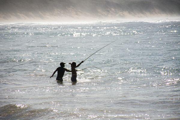 Men Fishing  thumbnail