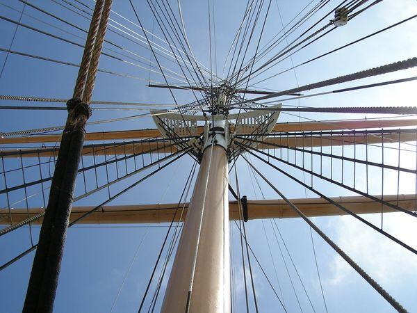 Ship's mast in San Francisco. thumbnail
