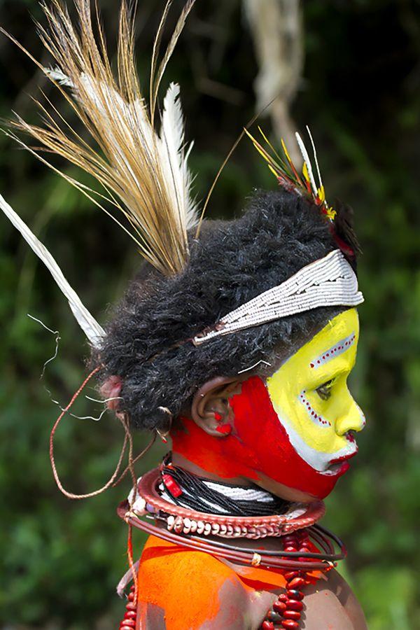 Huli Wigman Boy 2, Papua New Guinea thumbnail