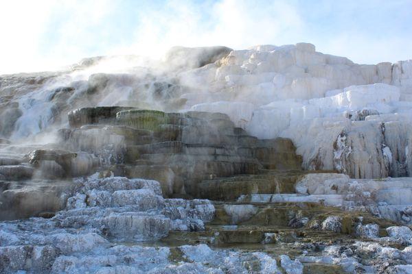 Mammoth Hot Springs thumbnail