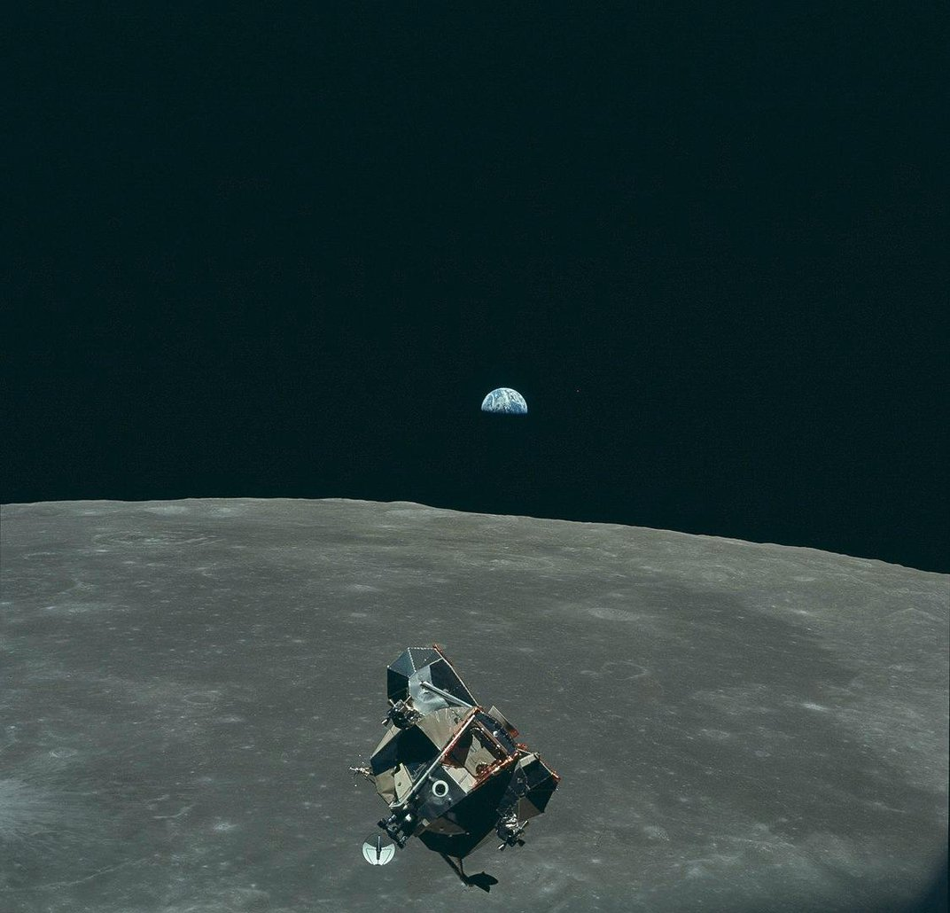 Apollo Engineers Discuss What It Took to Land on the Moon