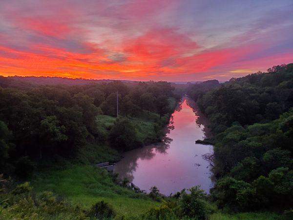 Osage County Sunrise before Kayak Launch thumbnail