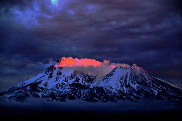 Volcano a glow inside thumbnail