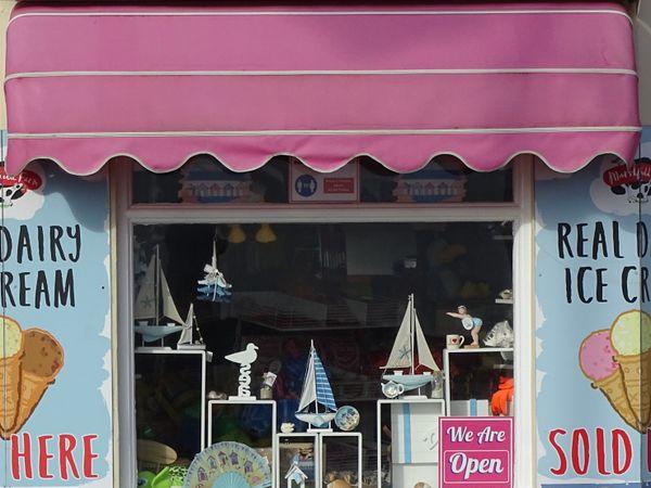Seaside shop thumbnail