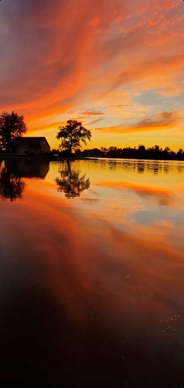 Fall sunset at Merry Lake thumbnail