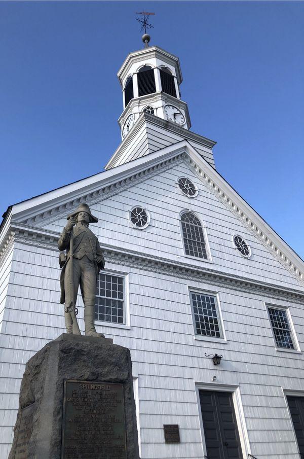 Continental Soldier Statue & 1st Presbyterian Church thumbnail