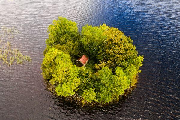 An aerial view of a small Irish island. thumbnail