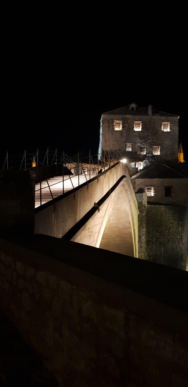 Old Bridge in Mostar at night thumbnail