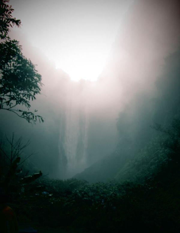 Glowing Waterfall thumbnail