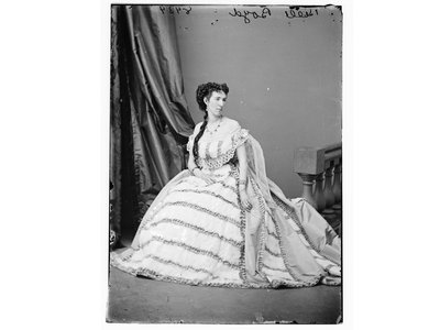 Belle Boyd in an image taken between 1855 and 1865.