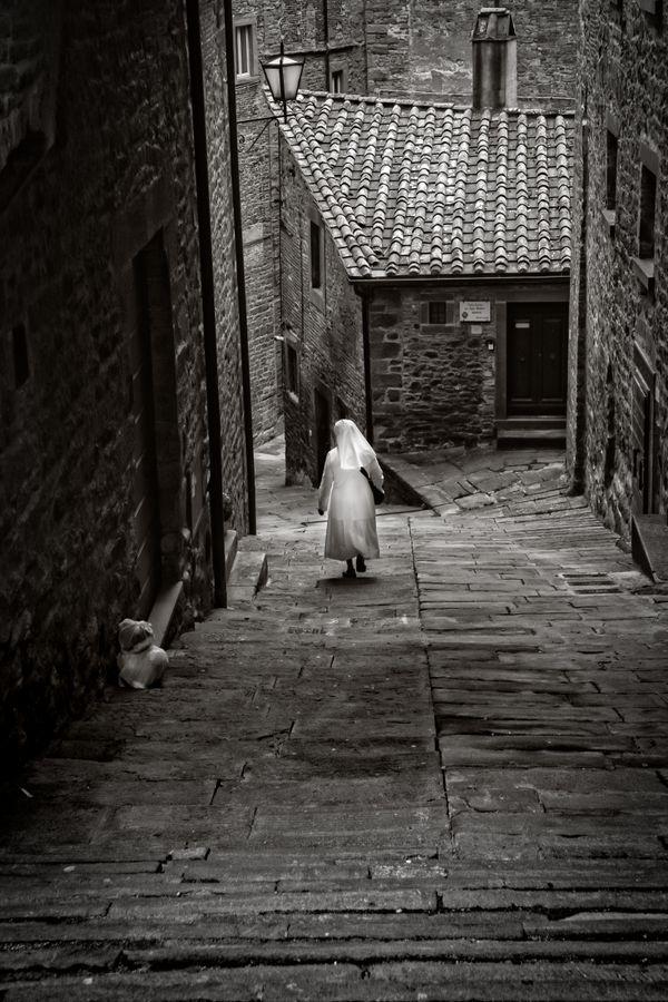 Tuscan Nun thumbnail