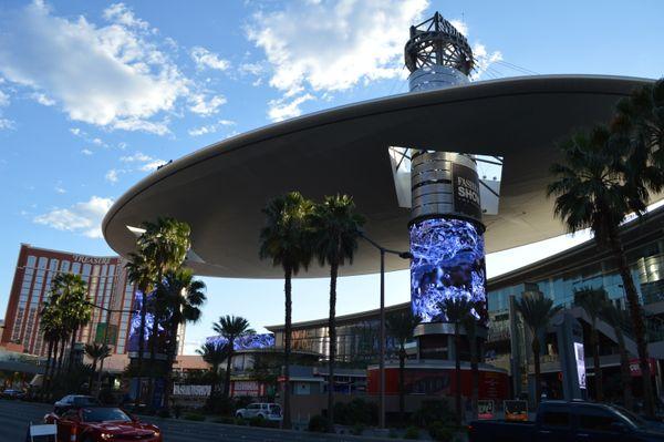 10-shopping Mall, Las Vegas_USA thumbnail