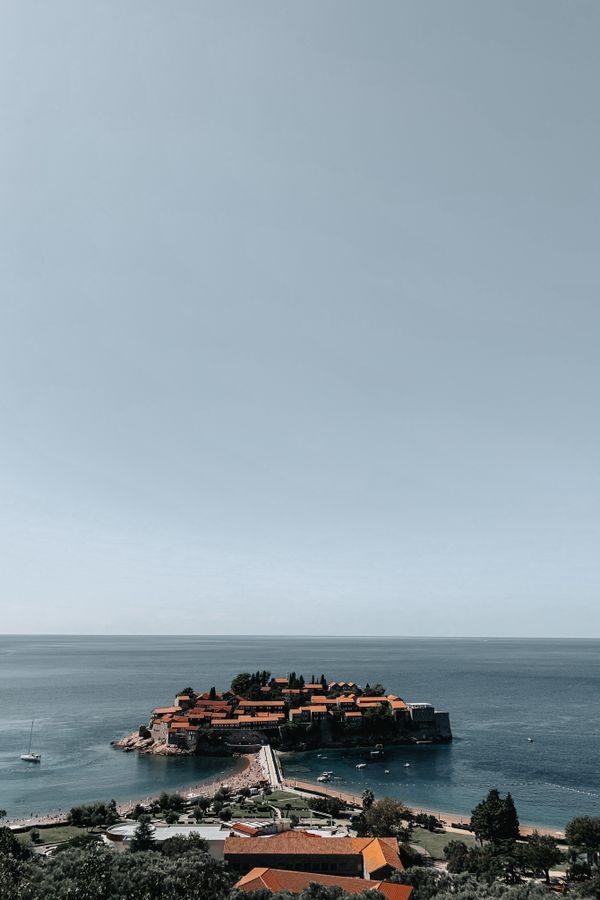 View of Sveti Stefani Island thumbnail