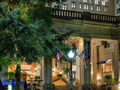 Two turkeys spent last night in the Willard Intercontinental Hotel in Washington, DC.