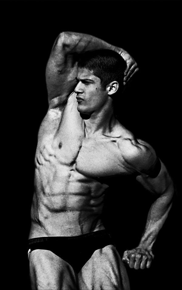 junior bodybuilding champion thumbnail