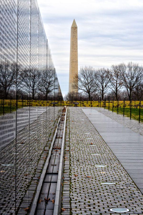 Vietnam War Memorial thumbnail