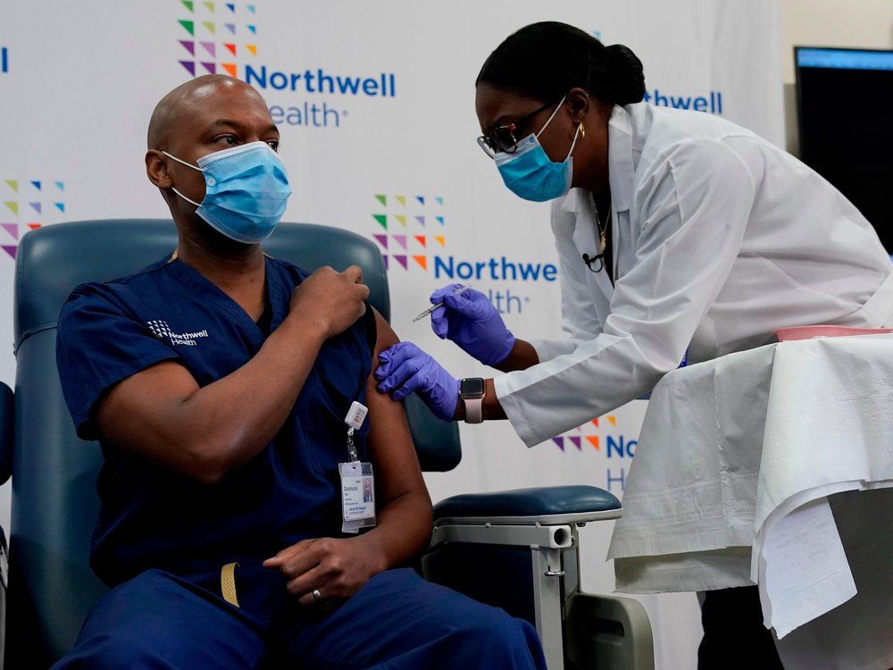 Northwell Health employee volunteers to be the second person to receive the Covid-19 vaccination at Long Island Jewish Medical Center in Queens, New York.