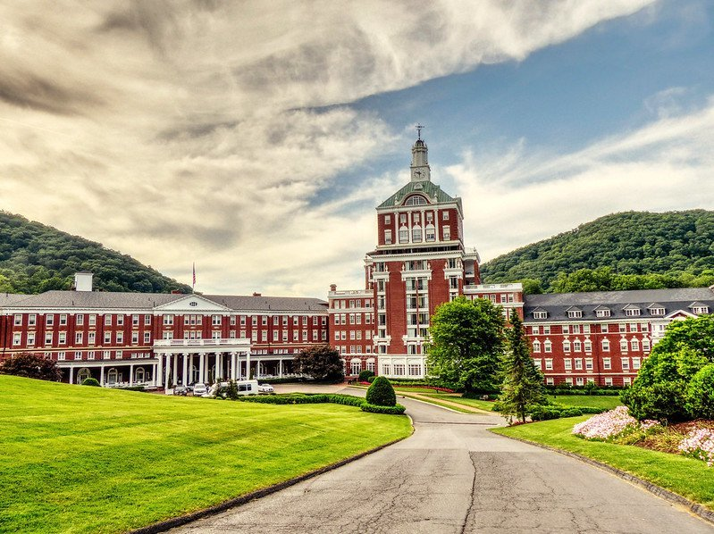 When the Greenbrier and Other Appalachian Resorts Became Prisons for Axis Diplomats