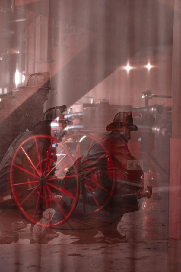 Civil war, Industrialization, Glory thumbnail