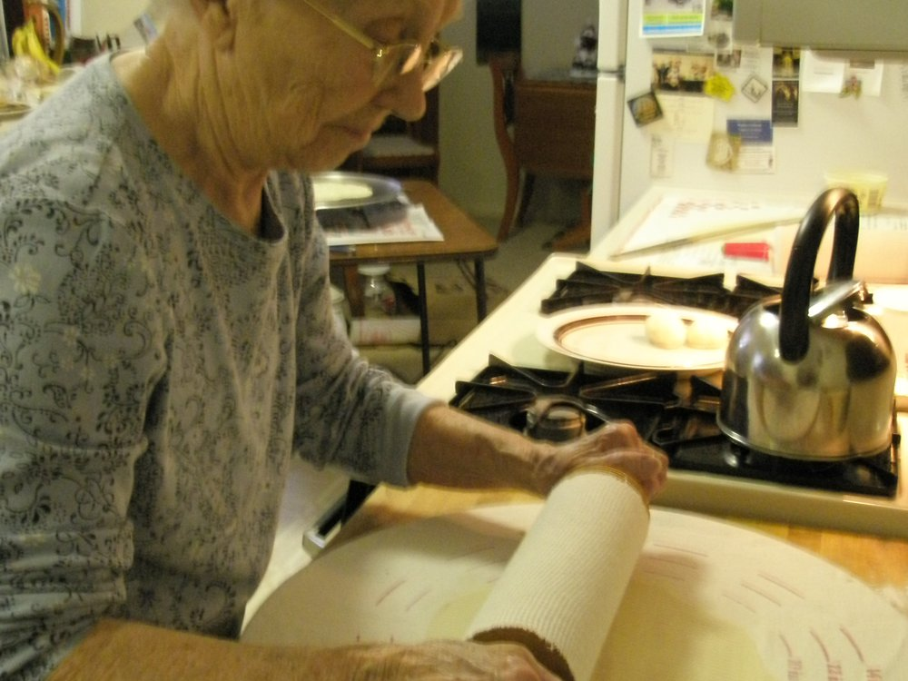 20110520090204inviting-writing-lefse-grandma-jenny-holm1.jpg