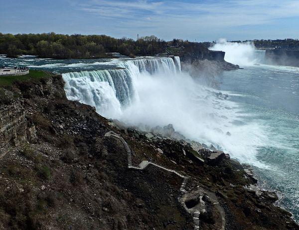 American and Canadian Views of Niagara Falls thumbnail