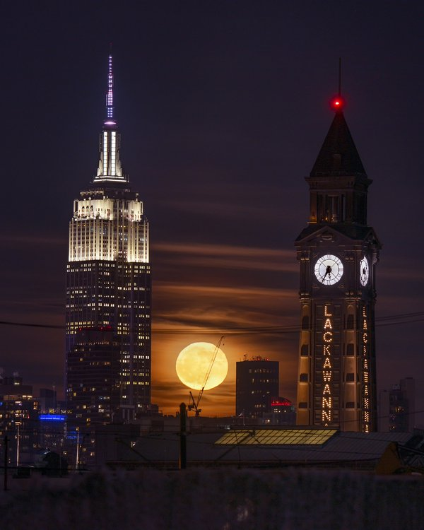 Empire State Lackawanna Moonrise thumbnail