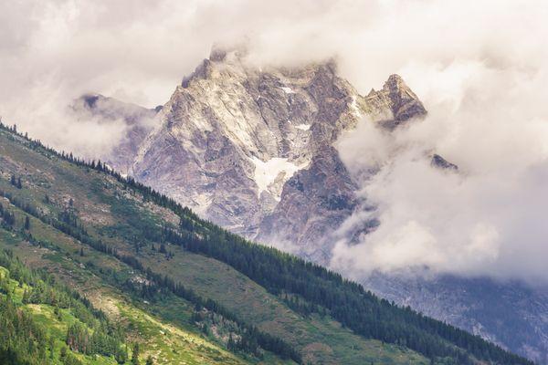 Where Clouds Meet the Mountains thumbnail