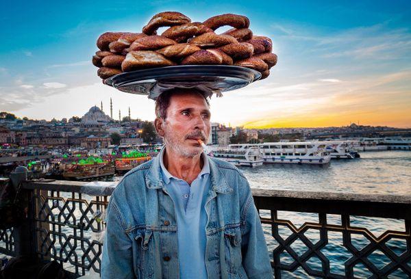 Istanbul Street Vendor thumbnail
