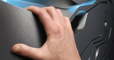 The hand holds on the Nova