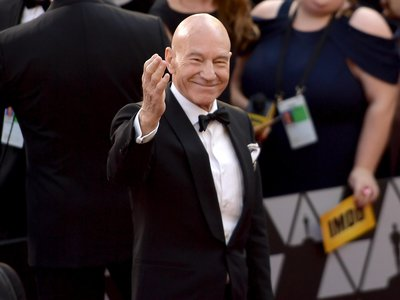 Patrick Stewart attends the 90th Annual Academy Awards.