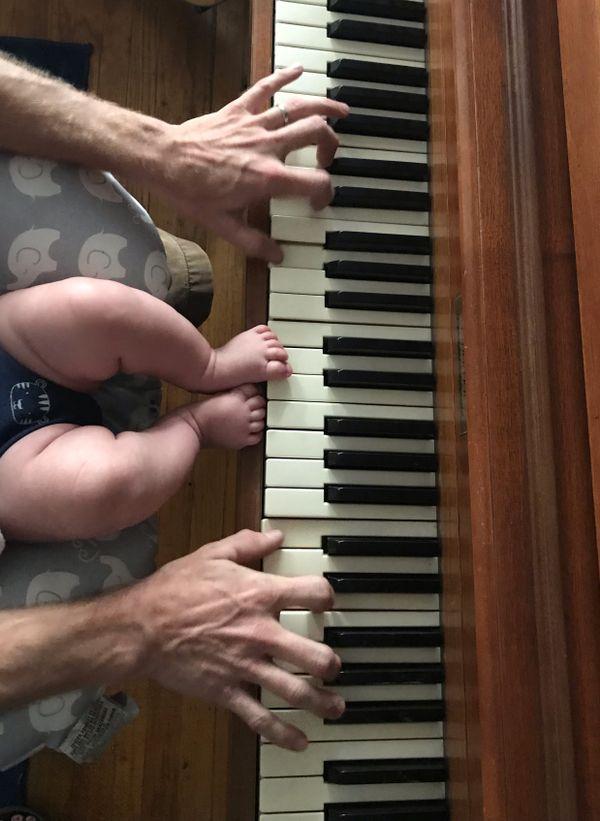 Piano Toes thumbnail
