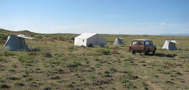 Wyoming-Dispatches-camp-site-tents-631.jpg