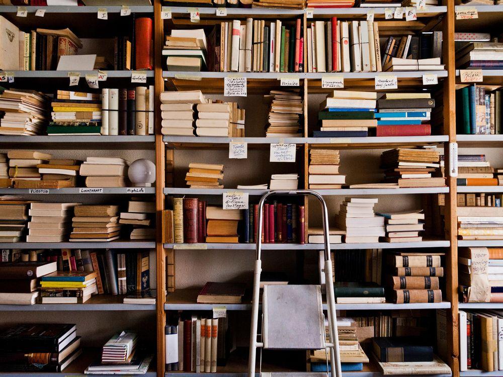 Books algorithm happiness