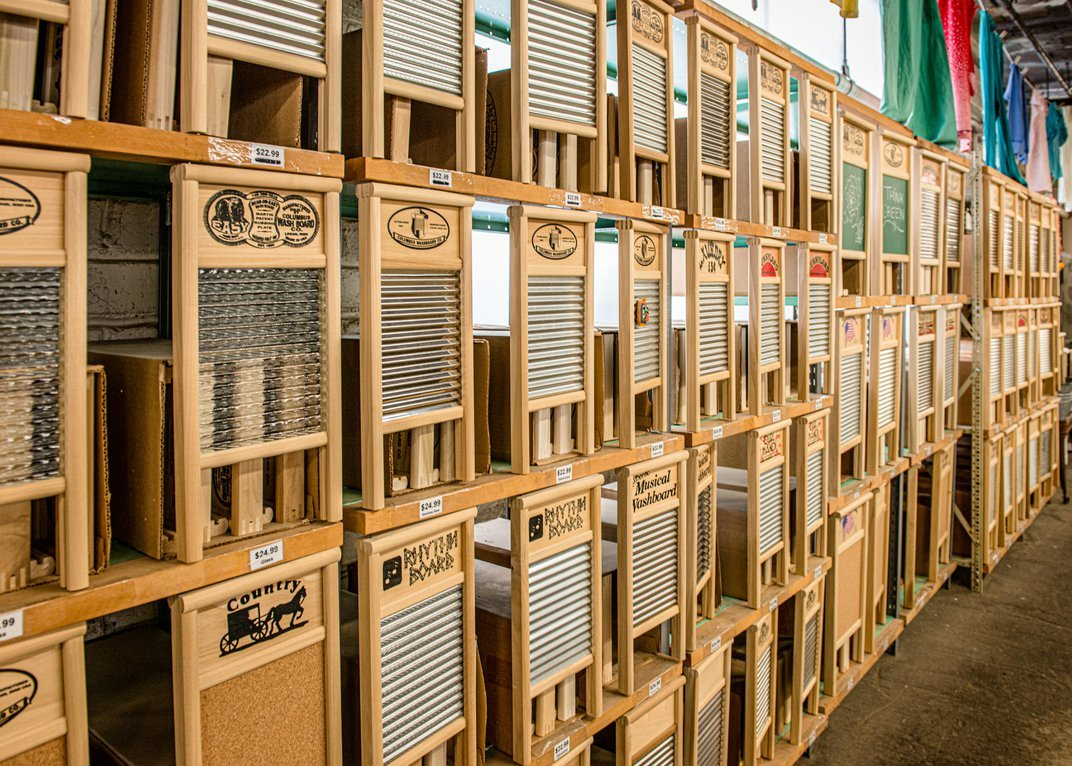 Only One Factory in North America Still Makes Washboards, and They Are Flying Off of Shelves