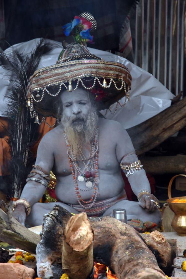 A Naga Sadhu preparing rituals thumbnail