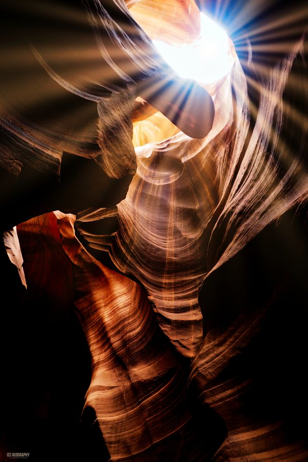 Star and Stripes of Antelope Canyon thumbnail
