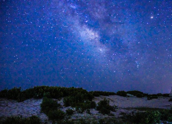 Sand dunes and milky way thumbnail