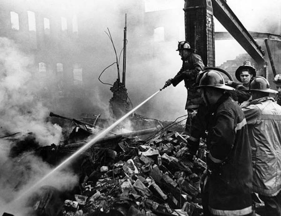 Smouldering_fire_Superior__and_E_105th_St-wr.jpg