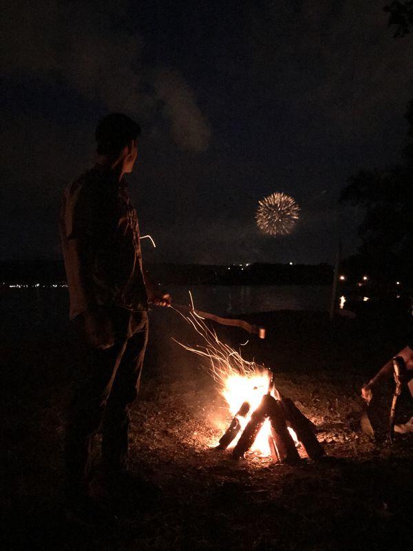 Lakeside Bonfire Night thumbnail
