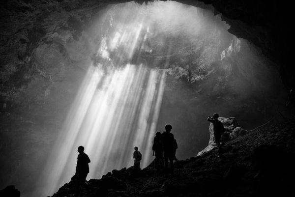 Heaven Light at Jomblang Cave, Java thumbnail
