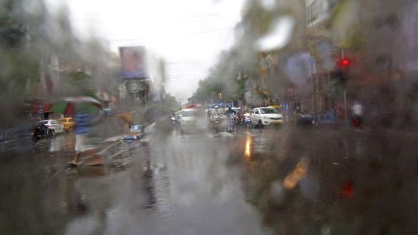 ON A RAINY DAY_01 thumbnail