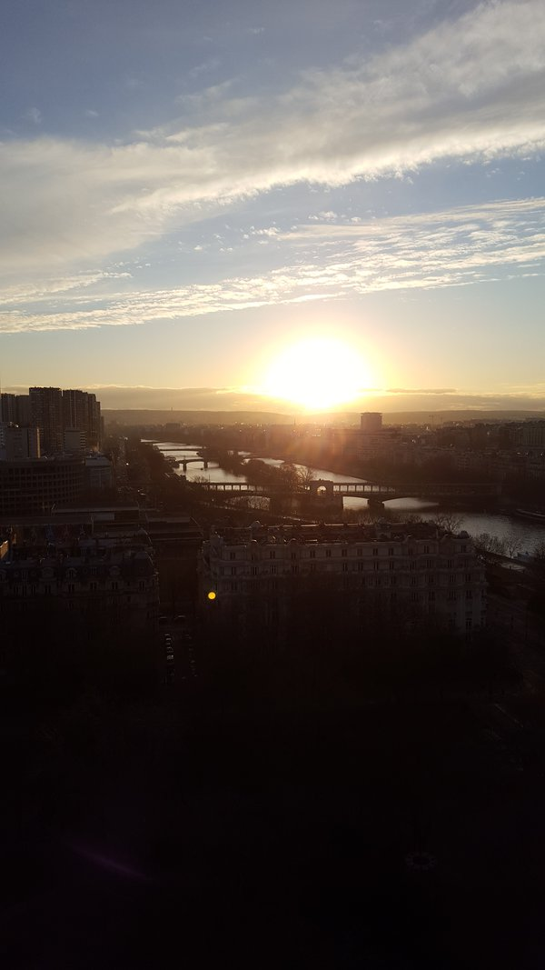 Sunset From The Tour de Eiffel thumbnail