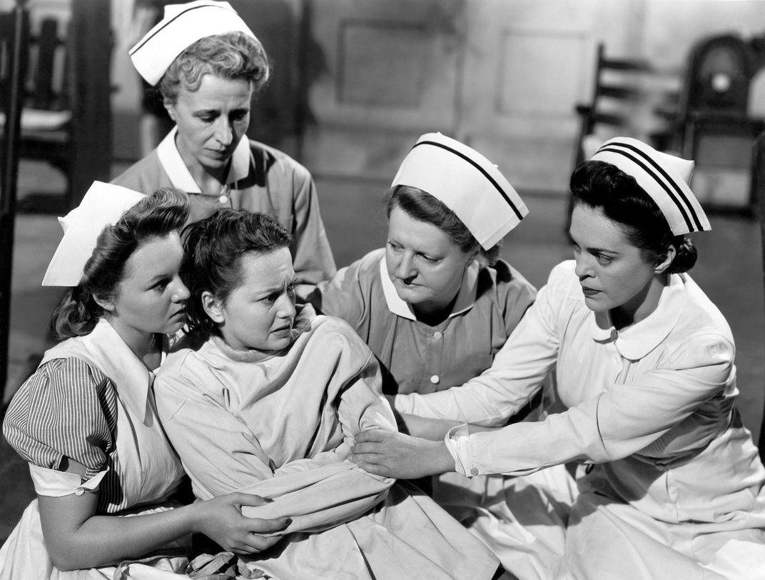 Olivia de Havilland, Star of Hollywood's Golden Age, Dies at 104