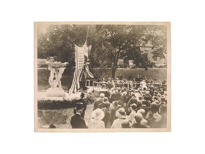 Photograph of the dedication of Friendship Fountain at McGill University, 1931 May 29 / unidentified photographer. Gertrude Vanderbilt Whitney papers, 1851-1975, bulk 1888-1942. Archives of American Art, Smithsonian Institution.
